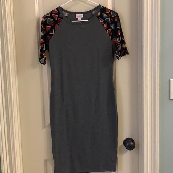 LuLaRoe Dresses & Skirts - Gray LulaRoe T-Shirt Dress - Julia
